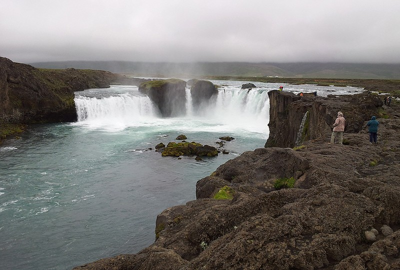The north-east is home to several impressive waterfall two of which we will visit, Goðafoss (the waterfalls of the Gods)…